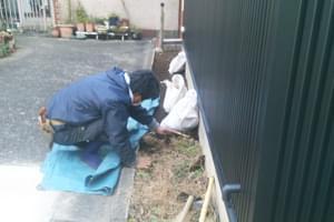 清掃と整地作業