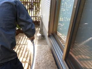 庭石材を散水洗浄