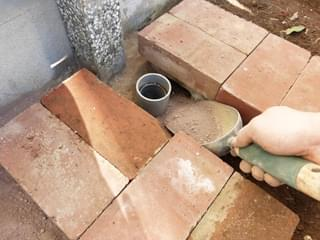 透水性舗装材の施工