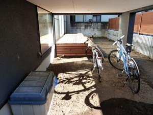 軒下のお庭スペース