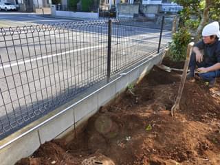 フェンスの柱位置を計測
