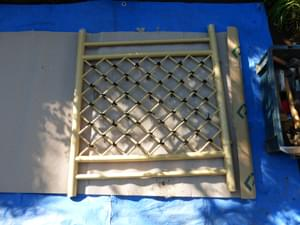 塩ビ製の枝折り戸