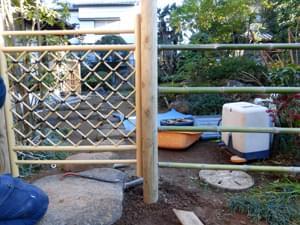 枝折り戸デザインと竹の位置の関係