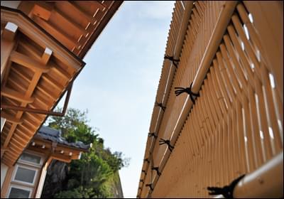 腐食の無い人工竹による垣根