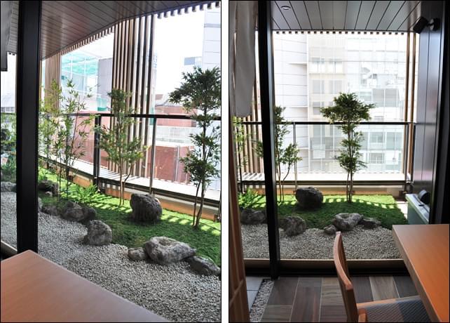 個室席から眺める和風の庭