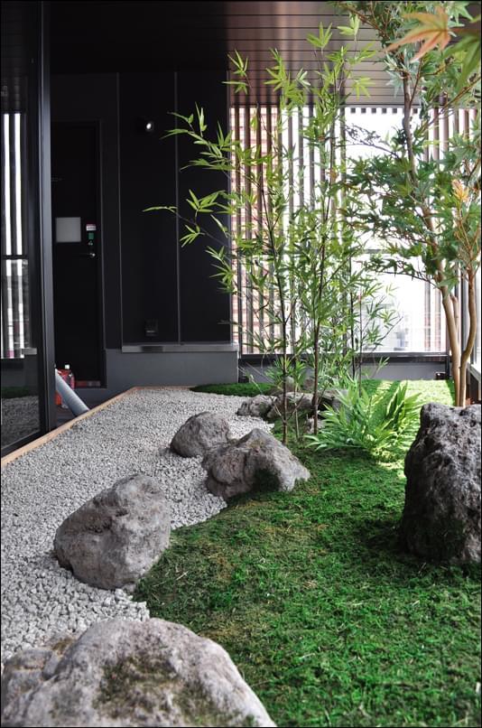 苔模様が上品な和風情緒を演出