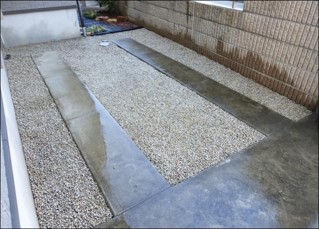 駐車スペース周りに施工した雑草対策