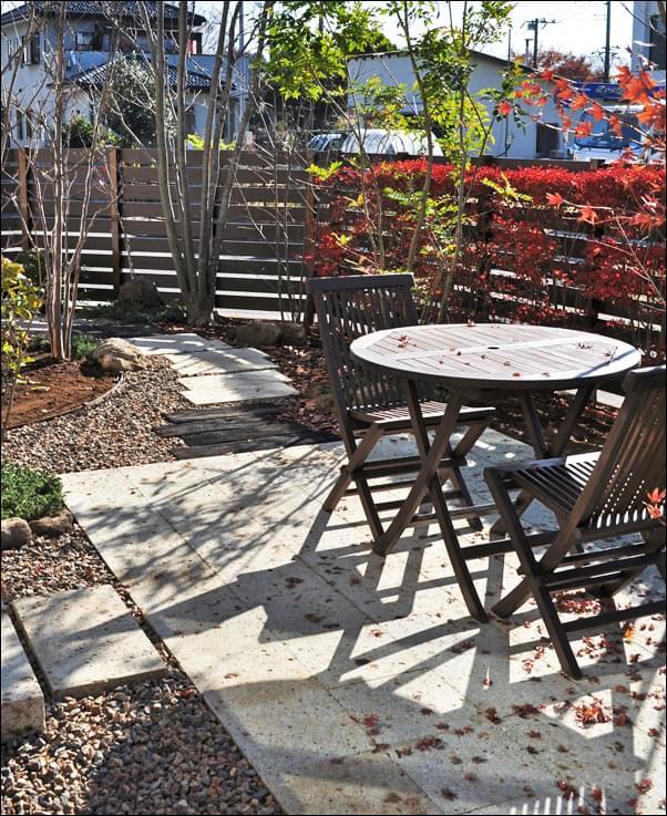 憩いの場所として「使う庭」をデザイン