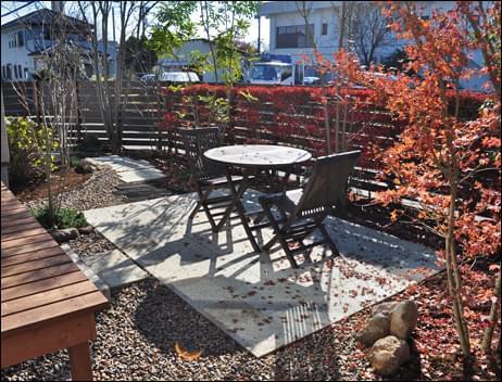 住宅地に適した雑木の庭を表現